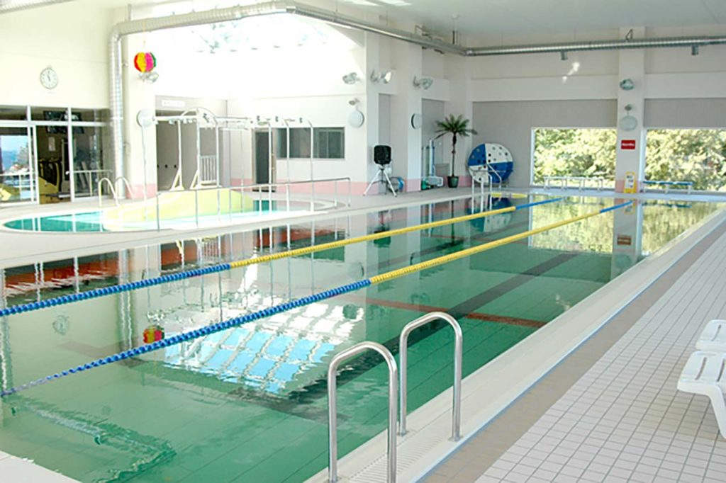 利尻富士温泉プール 湯泳館(ゆうえいかん)